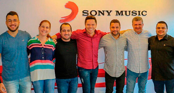 Caninana do Forró integra cast da Sony Music