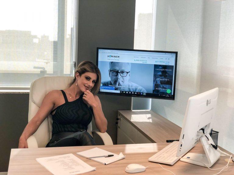 Atriz Deborah Albuquerque Empresária de Sucesso