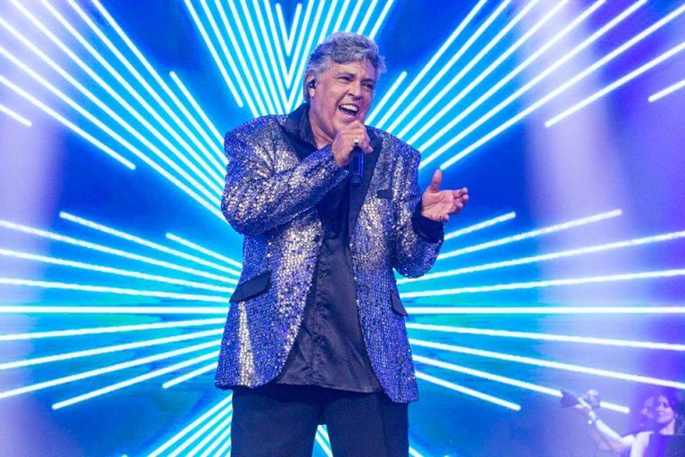 Magal está em sua turnê Bailamos, relembrando seus 50 Anos de carreira