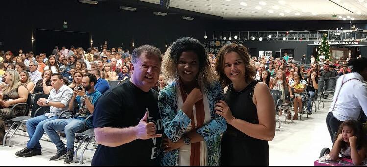 IMG 20181226 WA0071 - A cantora Gospel Betânia Lima escreve o musical O Rei é Show