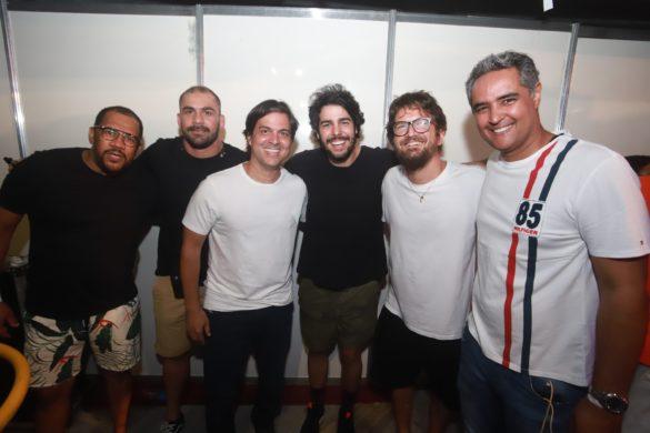 Gilson Freitas, Bruno Novaes, Bruno Rego, Dj Jopin- Saulo e Saulo Passos