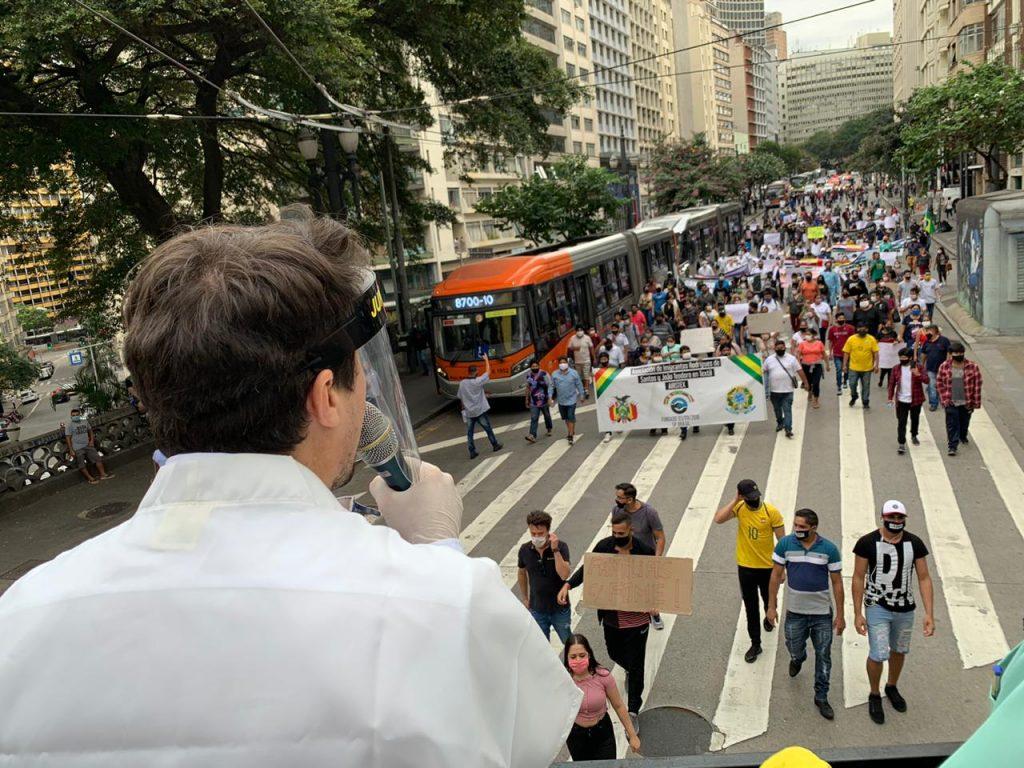 EBAAB924 EAB3 4374 8987 33F00856113A 1024x768 - Sindicato Pró-Beleza, através do presidente Márcio Michelasi e do vereador Zé Turin, lidera manifestação na Câmara Municipal de São Paulo em prol do retorno do funcionamento dos salões de beleza