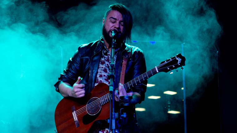 Mauro Henrique a voz do Rock Cristão