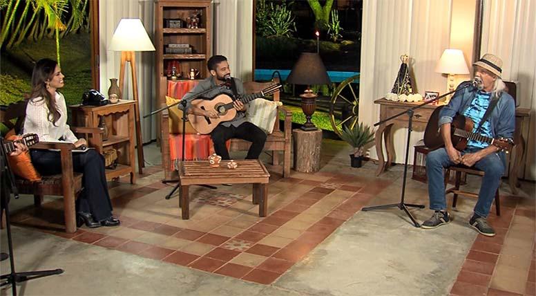 """Zé Geraldo canta seus sucessos no programa """"Luar do Sertão"""" na TV Aparecida"""